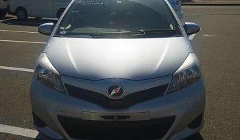 2013 Toyota Vitz full