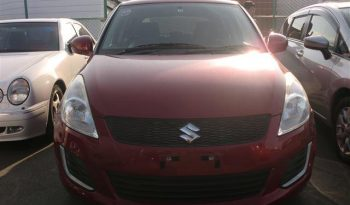 2015 Suzuki Swift – Red full