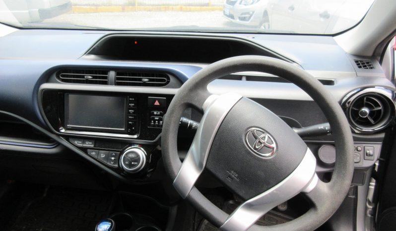 2015 Toyota Aqua full